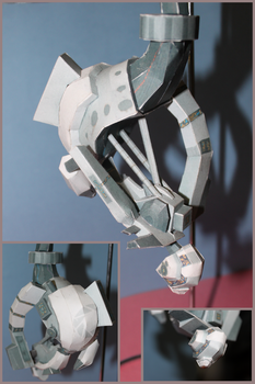 GLaDOS Papercraft by picklelicker129