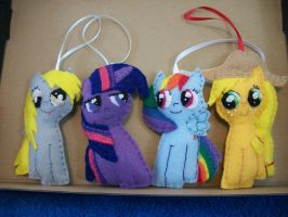 MLP FIM Front View Pony Ornaments by grandmoonma