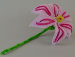 Light Pink and Pink Large Flower by bennitorimanga