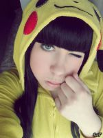 Cosplay Pikachu 4 by SaFHina