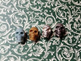 skull silver and wax by Debals