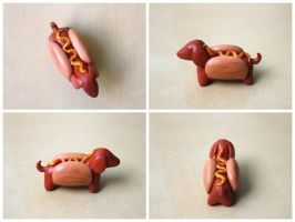 Hot Dog Daschund [Body Shot] by lonelysouthpaw