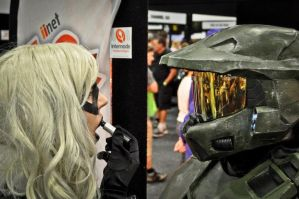 Master Chief (foam build) - walking make up mirror by Old-Trenchy