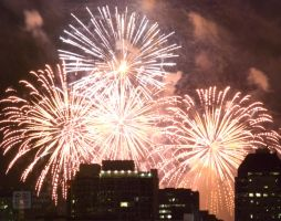 Fireworks - gold an white by Zoxesyr