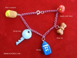 11th doctor bracelet by StregattaPuponzi