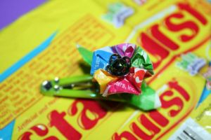 Candy Wrapper Kanzashi by abry07