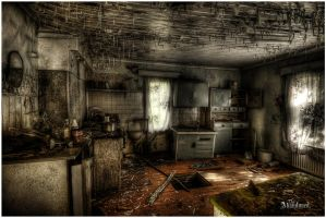 The Abandoned House by kimoz