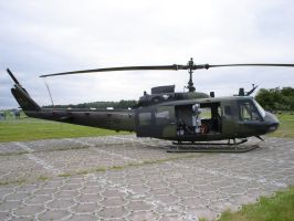 Bell UH-1H by kaasjager