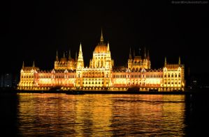 Hungarian Parliament Building by Drazen1804
