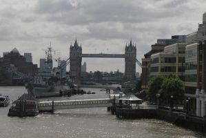 Tower Bridge by mimmime