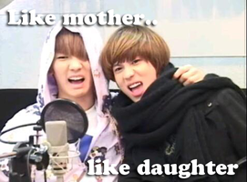 Like mother, like daughter.. by hitomay26