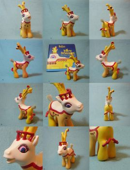 Yellow Submarine by funshinebe by customlpvalley
