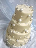 Bubbles Wedding Cake by forgetmmenot