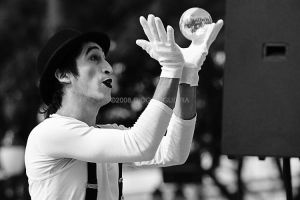 Contact Juggling by coxao
