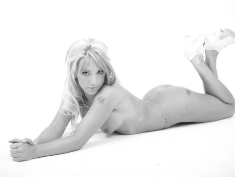 naked glamour by carinasphotos