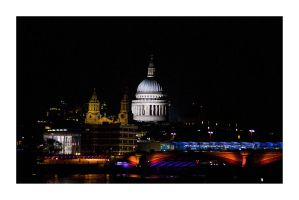 St. Paul's Cathedral by RiaMcVee