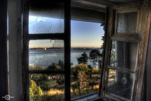 Urban Exploring The View by TiagoTakesPictures