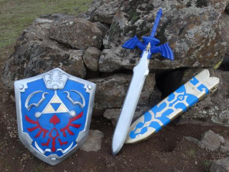 Twilight Princess Master Sword and Hylian Shield by meanlilkitty