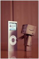danbo and the ipod by Hemaka86