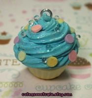 102010 Custom Scented Cupcake by pinknikki