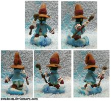 Vivi Sculpture by Swadloon