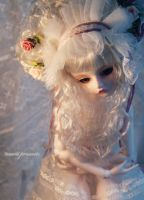 .The White Lady. by ball-jointed-Alice