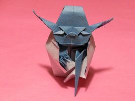 Origami Yoda the Jedi master by Orestigami