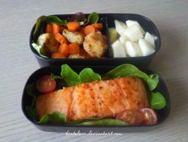 salmon bento by BentoLove