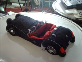 Knitted TR3 car 1 by Jupiter-Moonchild