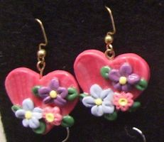 Hearts and flowers earrings by ladytech
