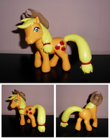 MLP ''Old Meets New'' Custom - Applejack by UniqueTreats