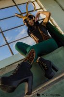 Lady Loki upstairs by ricominciare