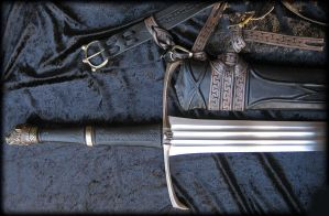 Longclaw - sword of Jon Snow by Fableblades