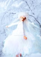 Petite princesse des neiges by Yaazzooo