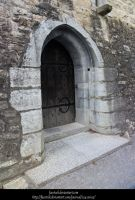 Castle door by faestock