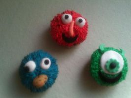 cup cake monsters by burdy05