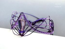 Fluorite wire wrapped upper arm cuff by IanirasArtifacts