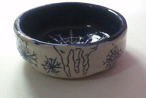 Snowflake candy dish by Calicosa
