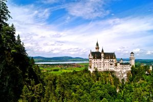 Neuschwanstein Castle by ryguylovesbacon