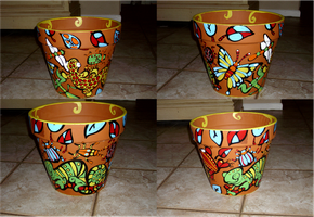 Terracotta Pot Painting by Kuitsuku