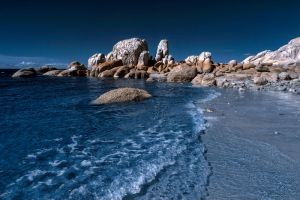 Horseshoe Bay Rocks IR by Questavia