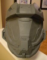 Halo 4 Recruit Helmet Replica life size build by Hyperballistik