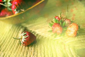 La mangeuse de fraises by Somebody--else