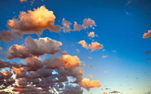 Cloud Background by jcantelo