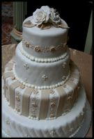 Wedding Cake 1 by ascertain