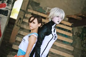 Chell and GLaDOS cosplay - enemies by Lavi-Deak
