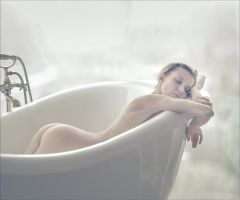 Oksana in the bath by photoport