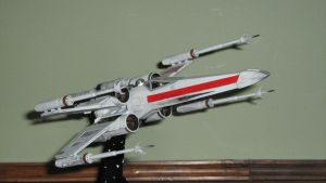 1/72 X-wing by Defibulator