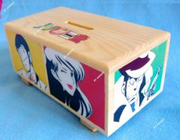 Hand-painted wooden Lupin III money box by SimonaZ