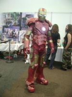 iron man cosplayer by lavsivrack